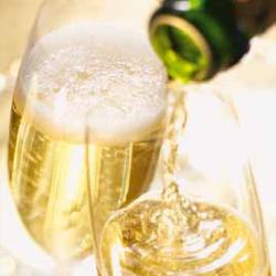 champagnerglasYLF0PXHBDuCFy